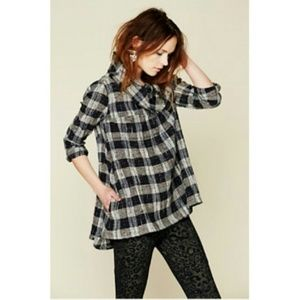 FREE PEOPLE S Walk in The Park Plaid Cowl Sweater